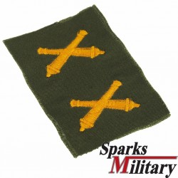 Artillery Collar insignia in Color