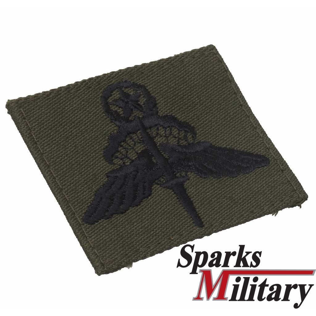 US Military Freefall Parachutist Badge in od green