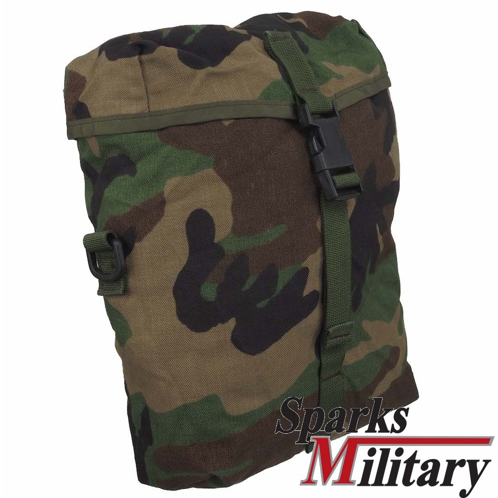 MOLLE II Sustainment Pouch in Woodland